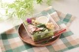 「レタス増量! ベーコンのシーザーサラダ 」(税込330 円)