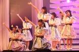 『れいわのへいわソング 2021』に出演したSTU48(C)NHK