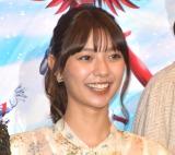 『セイバー+ゼンカイジャー スーパーヒーロー戦記』公開初日舞台あいさつに登壇した川津明日香