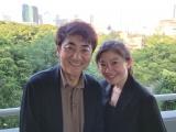 7月某日都内にて(左から)市村正親、篠原涼子