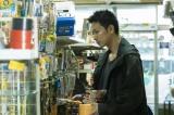 映画『護られなかった者たちへ』主人公・利根泰久(佐藤健)(C)2021映画『護られなかった者たちへ』製作委員会