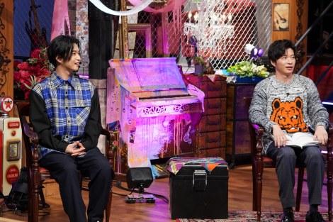 30日放送の『MUSIC BLOOD』に出演す千葉雄大、田中圭 (C)日本テレビ