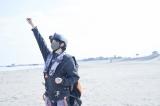 『圭祐&裕太 ふたり旅in宮城』のワンシーン 空中散歩する小関裕太