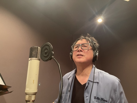 受注販売のソロシングル「Cafe Uncle Cinnamon」をリリースする錦織一清