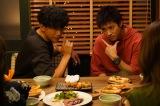 『ハコヅメ〜たたかう!交番女子〜』第5話に出演する三浦翔平、山田裕貴(C)日本テレビ