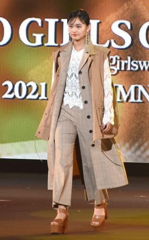 『第33回 マイナビ 東京ガールズコレクション 2021 AUTUMN/WINTER』に出演した櫻坂46・山崎天 (C)ORICON NewS inc.