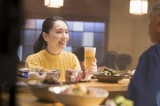 新垣結衣が出演する『アサヒ生ビール 通称マルエフ』新TVCM「アサヒ生ビール 復活の生 」篇 &「アサヒ生ビール おつかれ生です」篇のメイキングより