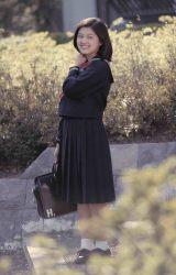 70年代アイドル林寛子がセーラー服姿で微笑むお宝ショット