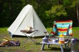 作中に登場したアイテムを使ってテント泊体験が可能