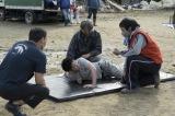 佐藤健自ら提案した泥水絶叫シーンの撮影の様子=映画『護られなかった者たちへ』(10月1日公開) (C)2021映画「護られなかった者たちへ」製作委員会