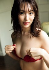 『週刊プレイボーイ』41号に登場する中村美香子 (C)西條彰仁/週刊プレイボーイ