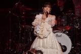 ワンマンライブツアー『鈴木愛理 LIVE 2021〜26/27〜』東京公演を開催した鈴木愛理